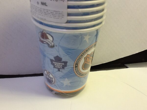 Hockey Faceoff Paper Cups 8ct