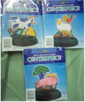 Barn Farm Animals Mini Centerpiece