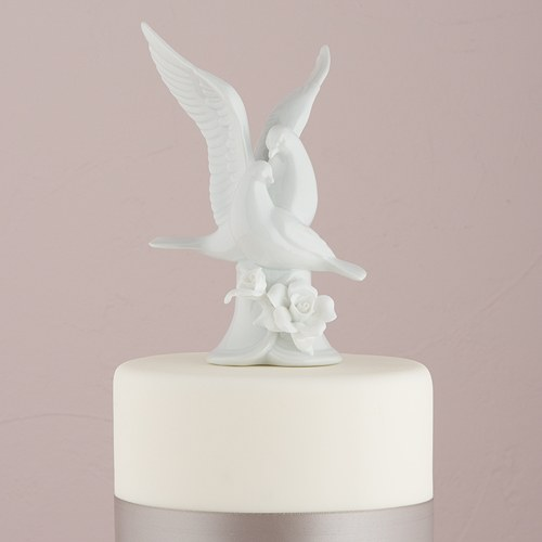 wed acc cake topr doves n flwer 2030_ 24.99